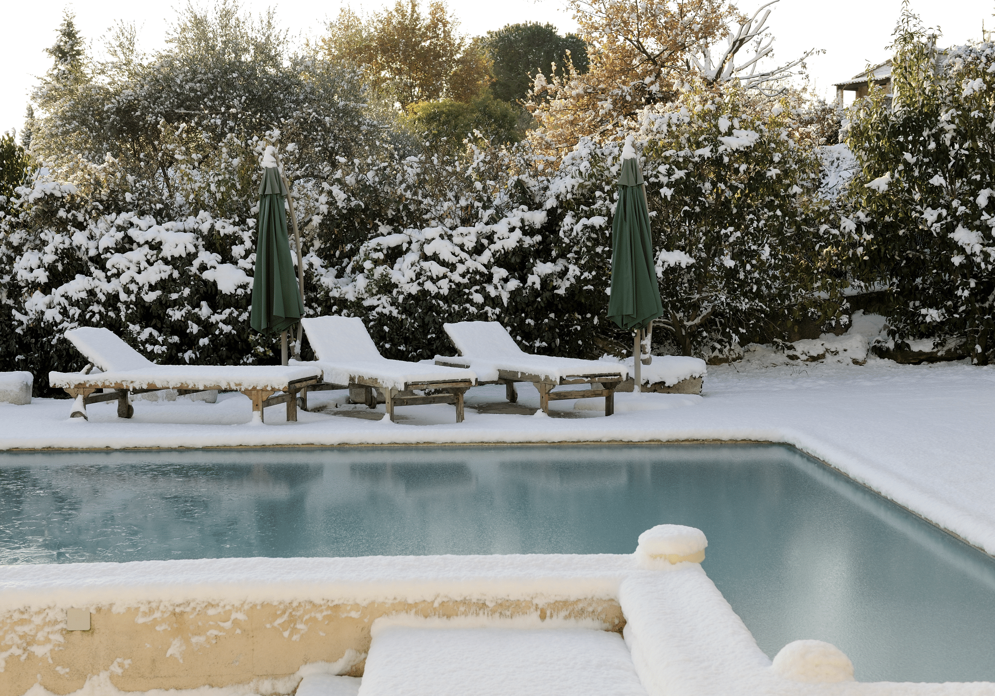How to Winterize a Swimming Pool